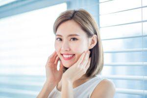 damaged front tooth veneer or crown nyc cosmetic dentist